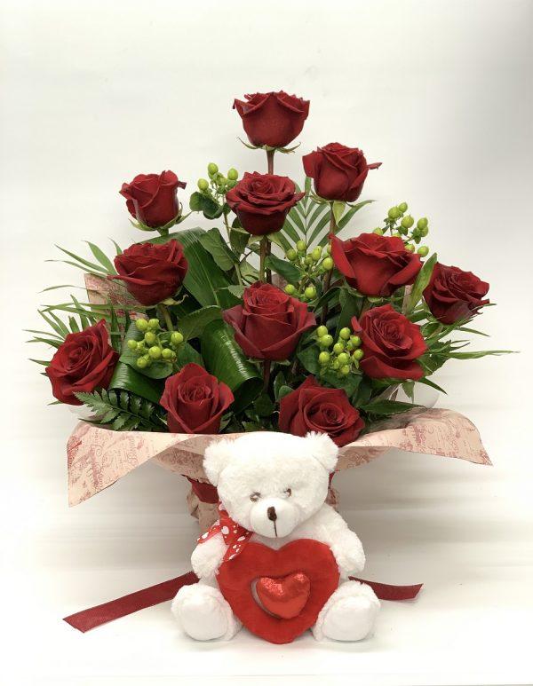 12 Rosas Rojas y Peluche